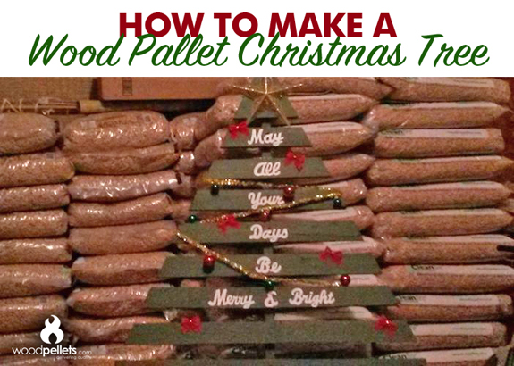 Reuse old wood pallets to make a Christmas tree decoration!